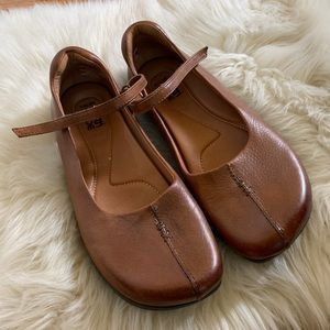 Kalso earth shoes brown leather solar shoes 8.5